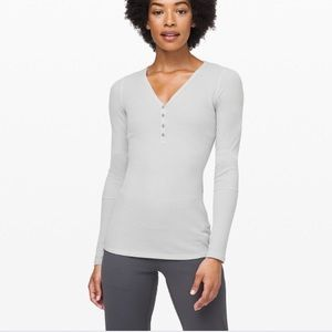Lululemon Close Call Henley Long Sleeve L
